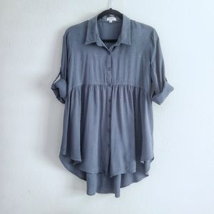Umgee Button Down Tunic Top in Sage. Size Medium